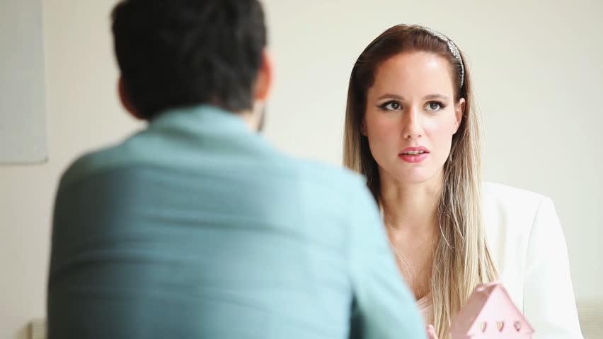 Parler de la rupture à son ex