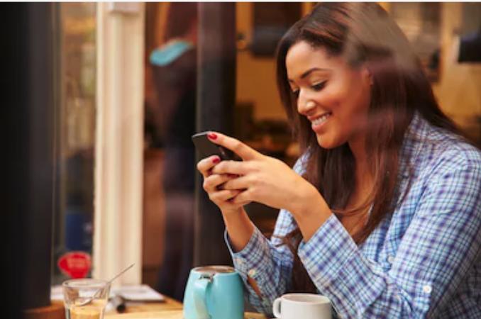 15 raisons pour lesquelles ton ex continue à t'envoyer des textos